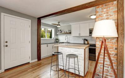 Historic Home Renovation 101: 5 Tips for Mixing Modern with Historic